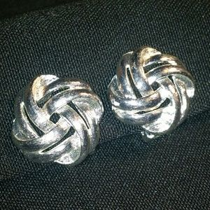 Vintage Clip-On Earring Silver Diamond Shape Twist
